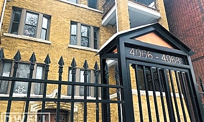Building, 4068 N Kenmore Ave, 2