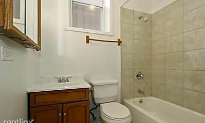 Bathroom, 7028 S Clyde Ave, 2