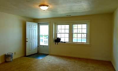 Living Room, 3500 Evangeline St, 1