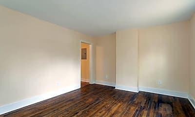 Living Room, 307 Bell St, 1