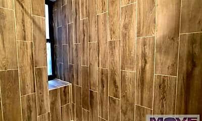 Bathroom, 371 Wadsworth Ave, 1