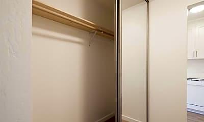 Bathroom, 3812 Mission St, 2