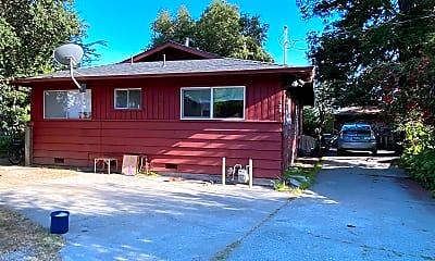 Building, 126 Fairmount Ave, 1