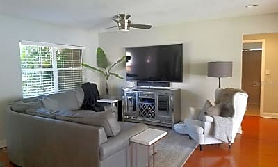 Living Room, 612 Columbia Dr, 1