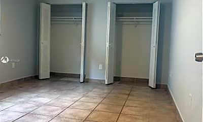 Bathroom, 469 E 13th St, 1