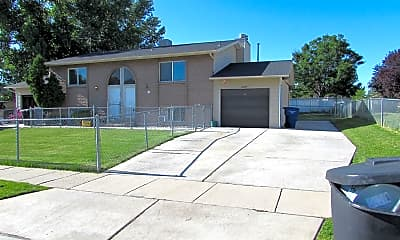 Building, 2289 Bonniebrook Dr, 1