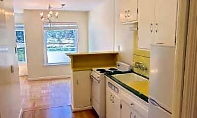 Kitchen, 5130 Fulton St, 1