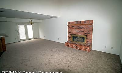 Living Room, 1903 Mirtle Grove Ct, 1