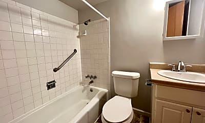 Bathroom, 4101 Germania St, 2