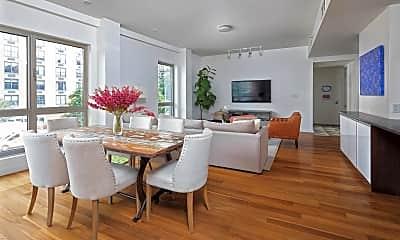 Dining Room, 290 Mulberry St APT2, 1