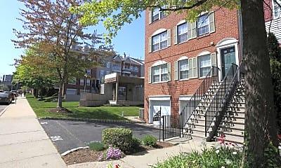 Building, 236 Warren St, 2