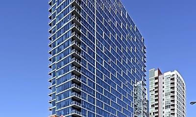 Building, 1000 S Clark St TH02, 0