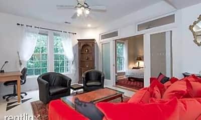 Living Room, 2403 Shreve Hill Rd, 2