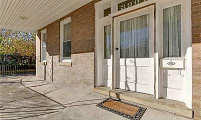 Patio / Deck, 3901 Newport Ave 2C, 1
