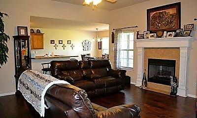 Living Room, 1704 SW F St, 1