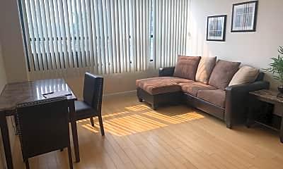 Living Room, 450 N Arlington Ave, 1