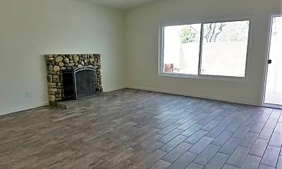 Living Room, 33401 Nottingham Way, 1