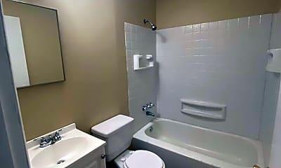 Bathroom, 536 Crestwood Rd, 2