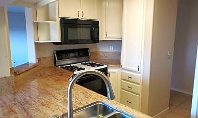 Kitchen, 21314 Gary Dr, 1