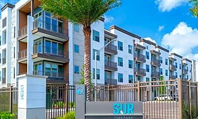 Sur at Southside Quarter, 0
