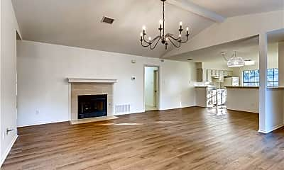 Living Room, 4501 Kalama Dr, 0