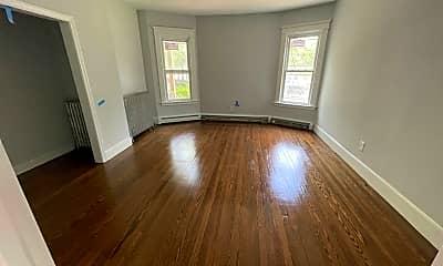 Living Room, 83 Division St, 1