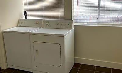 Bathroom, 1506 Fifth St, 2
