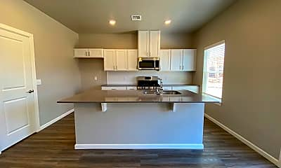 Kitchen, 2641 Cedar Tree Rd, 2