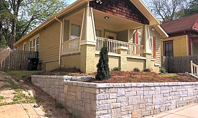 Building, 585 Jones Ave NW, 2