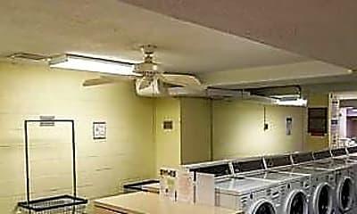Kitchen, 10201 Grosvenor Pl 405, 2