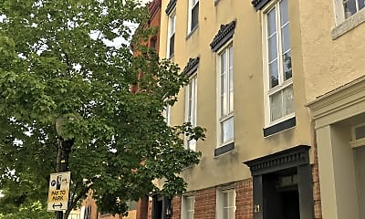 Building, 21 E Centre St, 2