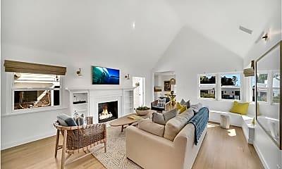 Living Room, 265 Myrtle St A, 0
