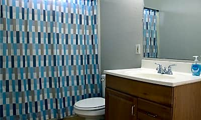 Bathroom, 1621 Blanco Rd, 2