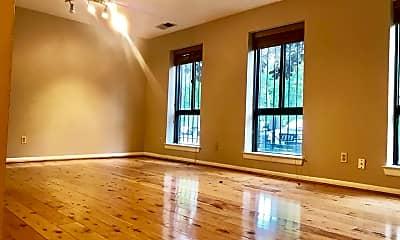 Living Room, 1619 Gainesville St SE, 1