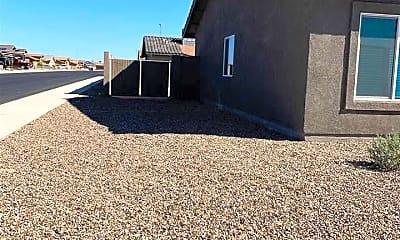 Building, 7554 E 41st Ln, 2