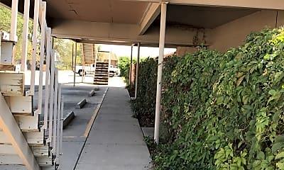 Pueblo De Chamisa Apartments, 2
