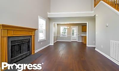 Living Room, 245 Heritage Cir E, 1