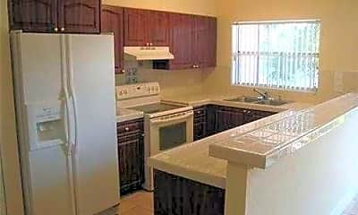 Kitchen, 4289 Coral Springs Dr, 1