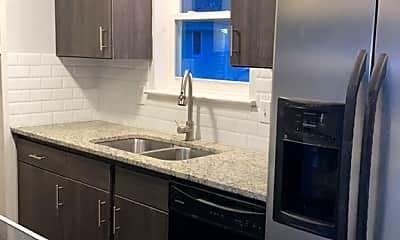 Kitchen, 740 Edgemont Ave, 1