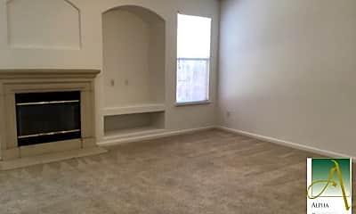 Living Room, 6506 Kingbird Ct, 1