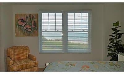 Bedroom, 2700 Ocean Dr, 2