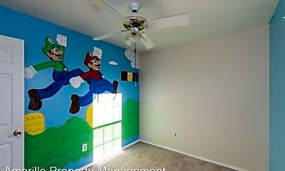 Bedroom, 604 N Arthur St, 1