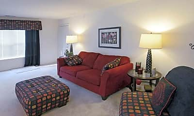 Living Room, Cross Creek Apartments, 1