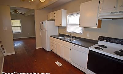 Kitchen, 640 Golfview Dr, 1