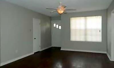 Living Room, 3166 Belden St, 1