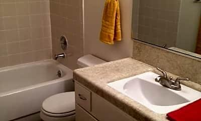 Bathroom, 4577 N First St, 1