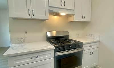 Kitchen, 1218 W Brook St, 1