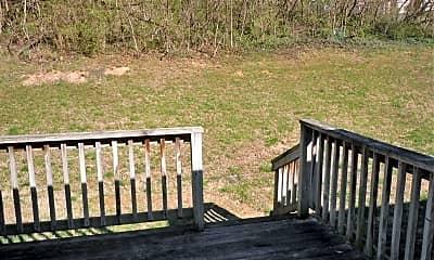 Patio / Deck, 1262 N Keebler Ave, 2