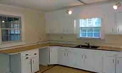 Kitchen, 1514 Collegeview Ave, 1
