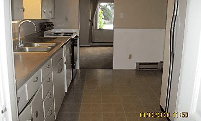 Kitchen, 406 N Macleod Ave, 2